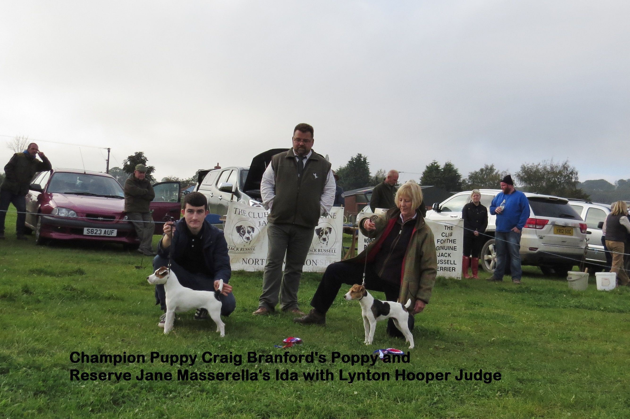 Champion Puppy Craig Branford - Poppy and Reserve Jane Masserella - Ida | Judge Lynton Hooper