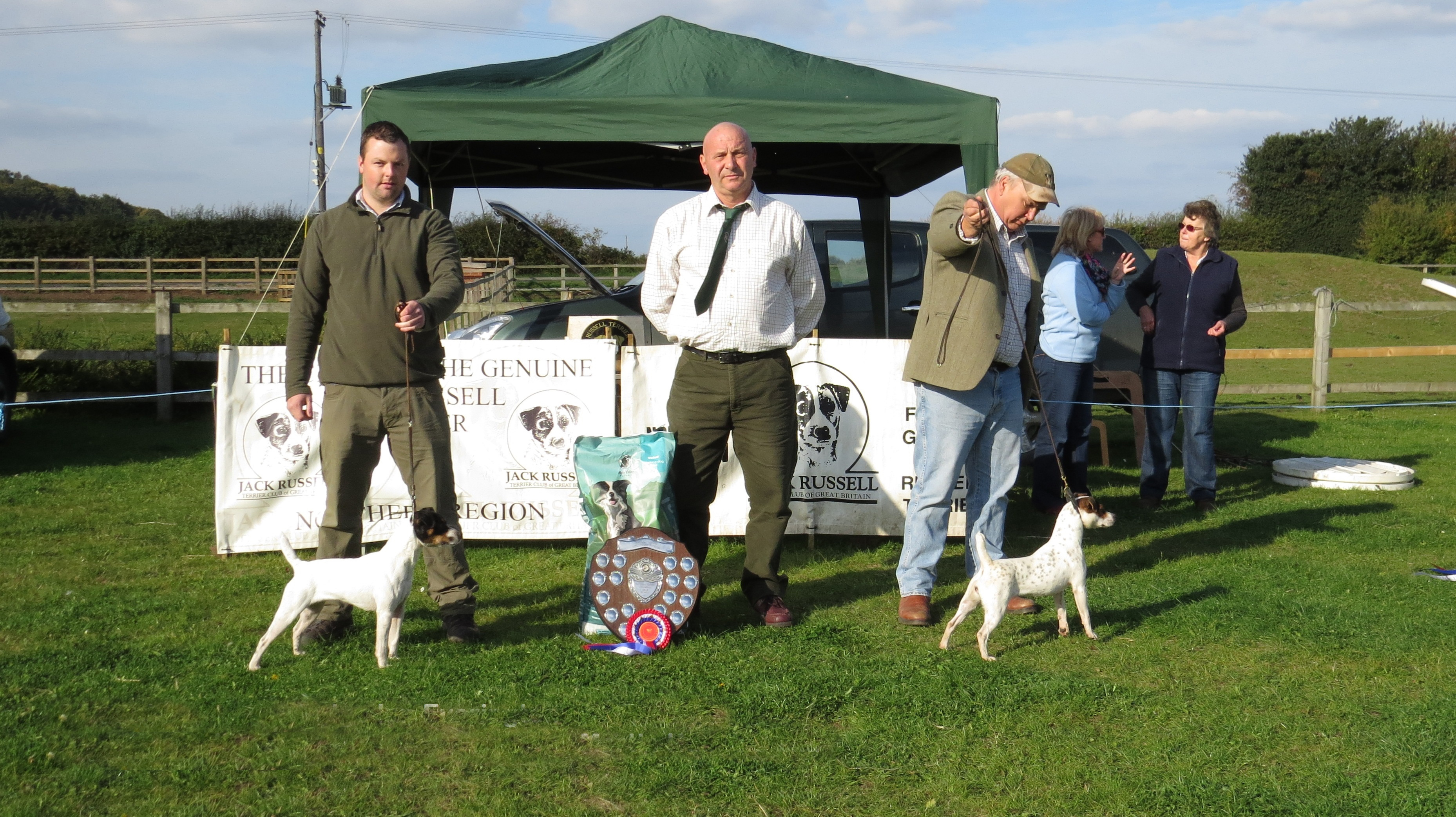 Champion - Dave Maxwell's Fern | Reserve - Martyn Hulme's Friarmoor Ellie of Rushill